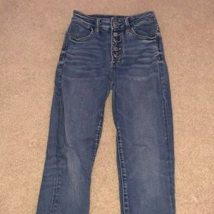 high rising american eagle jeans really cute!!